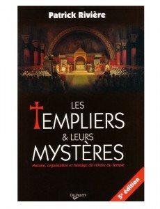 DEVECCHI2732833754-Les-Templiers-et-leurs-mysteres-614x800